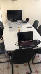 Mesa grande de escritório