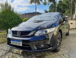 Honda Civic LXR muito novo, 2? dono com apenas 33 mil km.