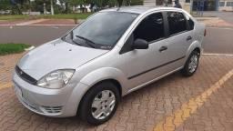 Título do anúncio: Ford Fiesta Sedan 1.6 Flex 2005/2006 Completo