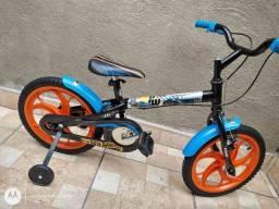 Bicicleta aro 16 Caloi Hot Whells Praticamente Nova