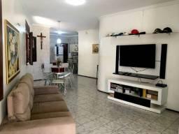 Casa de 3 quartos em Vila Santa Cecília