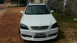Astra Sedan 2.0 Confort 2005 - 2005