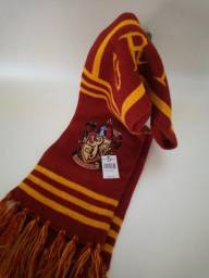 Cachecol Gryffindor-Harry Potter- importado-sem uso, com etiqueta original da Disney comprar usado  Votorantim