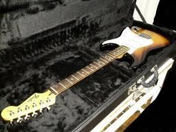 Fender Stratocaster com case