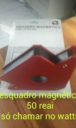 Esquadro magnético