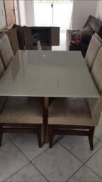Vendo linda mesa pra quem tem bom gosto