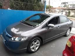 Civic lxs automático com bancos de couro e multimidia - 2008