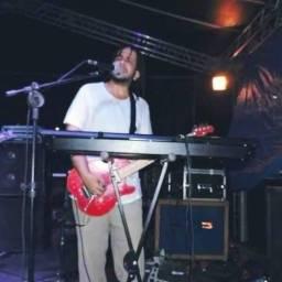 Aulas de teclado/guitarra/violão