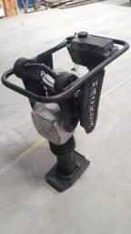 Compactador Sapo e máquina de cortar piso