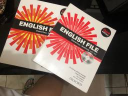 Vendo livro de inglês English life