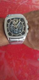 Vendo relógio da puma 250 reais