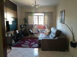 Amplo Sobrado Geminado com 3 dormitórios à venda, 166 m² por R$ 450.000 - Jardim Casqueiro
