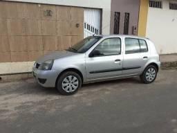 Renault clio 1.0 10/11 muito novo - 2011