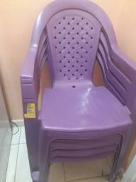 Vendo jogo de cadeiras novo
