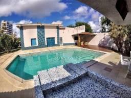 Mansão com 6 suítes hidromassagem piscina próx. da Orla de Atalaia em Aracaju-SE