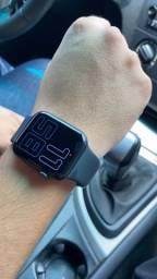 Apple Watch series 5 44mm com garantia muito novo