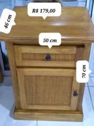 Armário pequeno madeira perfeito estado
