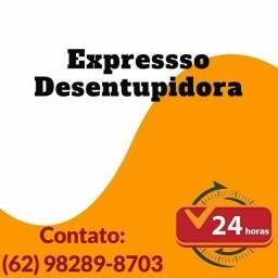 Título do anúncio: Desentupidora,. DESENTUPIMENTO RÁPIDO.