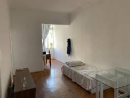 Apartamento de um quarto no Flamengo-Laranjeiras