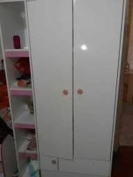 Vendo guarda roupa e comoda 350 infantil feminina