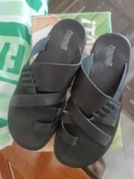 Título do anúncio: Sandália em couro Itapuã