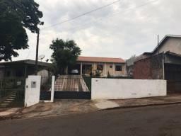 Título do anúncio: Casa com 4 dormitórios à venda, 140 m² por R$ 535.000 - Centro - Ivaiporã/PR