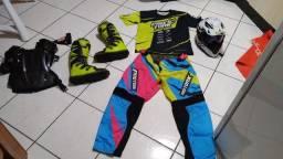 Equipamentos de trilha motocross