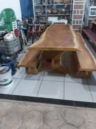 Mesa de garapa