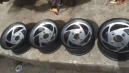 Vendo rodas original do Buggy em perfeito estado todas pintada