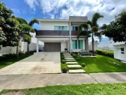 Casa com arquitetura clássica e 04 suítes no condomínio Alphaville Caruaru
