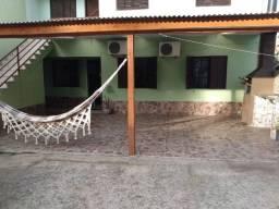 Casa    3 dormitórios   churrasqueira
