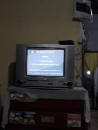 TV LG de 20 polegadas mais conversor