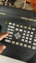 Mesa de Corte de Vídeo - Edição de imagem com 4 Entradas RCA Câmera 2 Saídas<br><br>