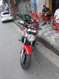 Vendo moto hornet 2005
