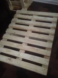 Paletes de madeira - 4 por 100R$