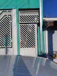 Casa sem garagem de 2 comods Jd. da Granja telefone 12-988.73-75.84