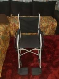 Cadeira de rodas seminova