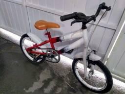 Bicicleta infantil 80,00