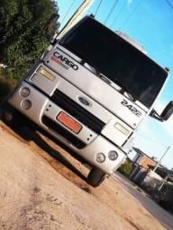 Ford Cargo 2422 - 2005 UNICO DONO - 2005