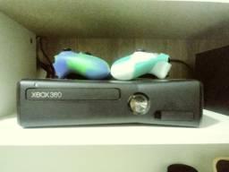 Xbox 360 completo de barbada