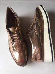 Dois sapatos por 60