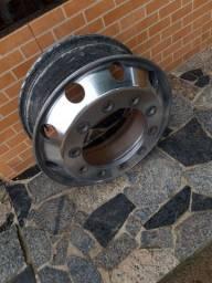 Roda de alumínio caminhão