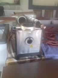 Máquina de Moer Carne / Maquina de Embalar a Vácuo / Canhao 8kg CAF