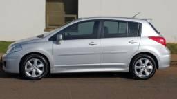 Nissan Tiida Hatch 1.8 AT SL