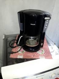 Vendo cafeteira Philips, usada 2 vez apenas super nova