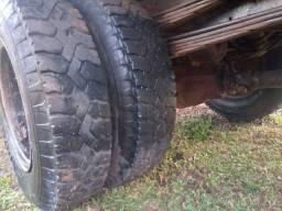 Caminhão Mercedes 1313