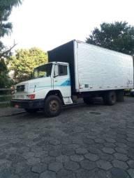 Caminhão mercedes 1414 Bicudo