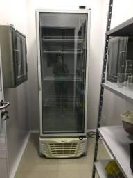 Freezer nunca usado.
