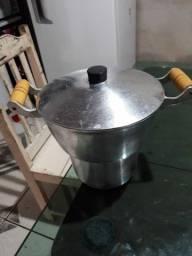 Vendo cuscuzeira de alumínio batido
