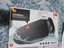 Título do anúncio: Caixa de Som Bluetooth Jbl Charge 3, a Prova D'água, Preta, Original